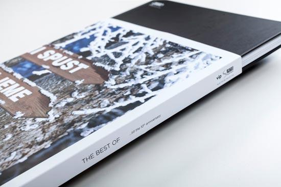 sqt-10-godina-monografija-omot